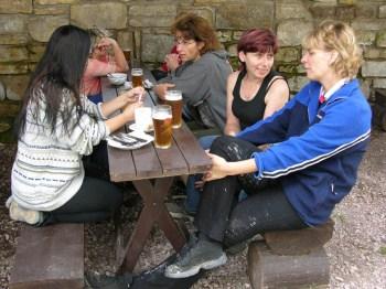 Jitka Kahounová s přáteli